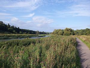 The Boyne Valley River walk or cycle path