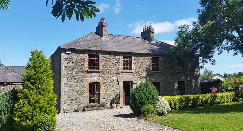 for all irelands romantic gorgeous see cottages on ireland a in cottage honeymoon portaddan most com onefabday them